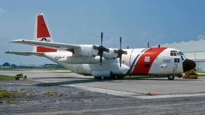 Photo ID 44670 by Eric Tammer. USA Coast Guard Lockheed HC 130H Hercules L 382, 1720