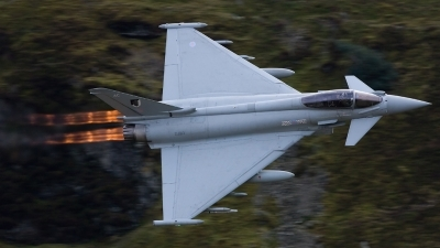 Photo ID 44687 by Neil Bates. UK Air Force Eurofighter EF 2000 Typhoon FGR4, ZJ913