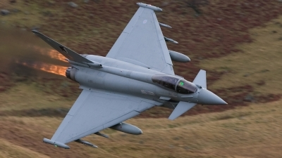 Photo ID 45152 by Neil Bates. UK Air Force Eurofighter EF 2000 Typhoon FGR4, ZJ913