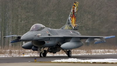 Photo ID 45719 by Robin Coenders / VORTEX-images. Netherlands Air Force General Dynamics F 16AM Fighting Falcon, J 008
