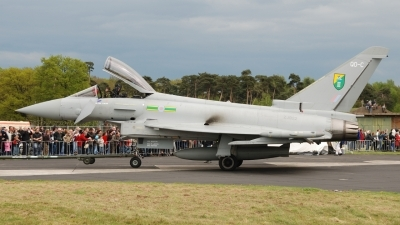 Photo ID 45581 by Peter Terlouw. UK Air Force Eurofighter EF 2000 Typhoon F2, ZJ922
