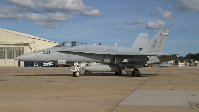 Photo ID 47434 by David F. Brown. USA Navy McDonnell Douglas F A 18C Hornet, 163487