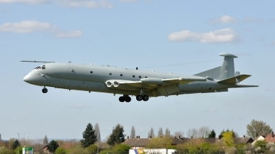 Photo ID 48134 by Mike Hopwood. UK Air Force Hawker Siddeley Nimrod MR2, XV231