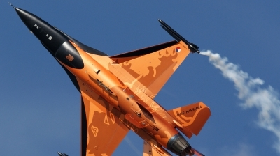 Photo ID 53006 by kristof stuer. Netherlands Air Force General Dynamics F 16AM Fighting Falcon, J 015