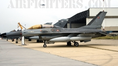 Photo ID 6653 by Roberto Bianchi. Denmark Air Force General Dynamics F 16BM Fighting Falcon, ET 199