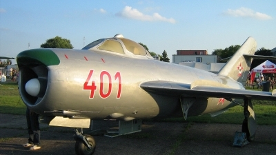 Photo ID 55297 by Péter Szentirmai. Hungary Air Force Mikoyan Gurevich MiG 17PF, 401