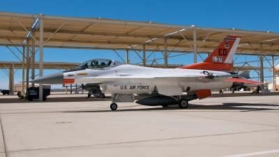Photo ID 55189 by Stuart Skelton. USA Air Force General Dynamics F 16C Fighting Falcon, 86 0371
