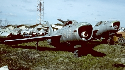 Photo ID 56660 by Carl Brent. Hungary Air Force Mikoyan Gurevich MiG 17PF, 403