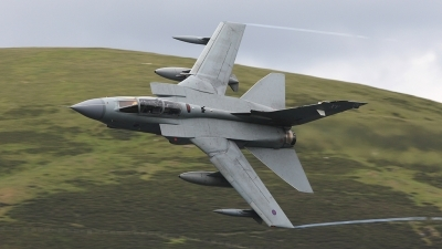 Photo ID 56718 by Barry Swann. UK Air Force Panavia Tornado GR4 T, ZG754