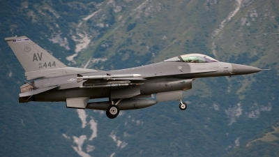 Photo ID 56945 by Lieuwe Hofstra. USA Air Force General Dynamics F 16C Fighting Falcon, 88 0444
