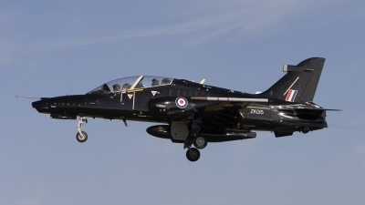 Photo ID 58455 by Tom Gibbons. UK Air Force BAE Systems Hawk T2, ZK015