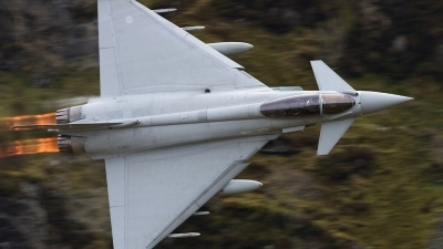 Photo ID 58742 by Neil Bates. UK Air Force Eurofighter EF 2000 Typhoon FGR4, ZJ913