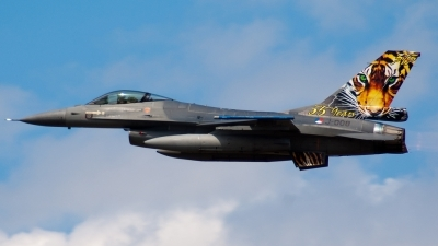 Photo ID 59403 by Caspar Smit. Netherlands Air Force General Dynamics F 16AM Fighting Falcon, J 008
