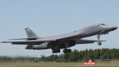Photo ID 7522 by Mark Broekhans. USA Air Force Rockwell B 1B Lancer, 85 0061