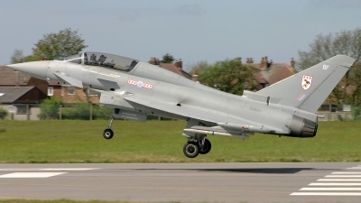 Photo ID 79 by Tom Gibbons. UK Air Force Eurofighter EF 2000 Typhoon T1, ZJ807