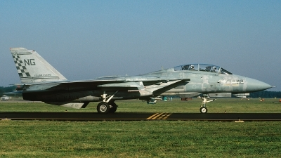 Photo ID 63233 by David F. Brown. USA Navy Grumman F 14A Tomcat, 158637