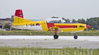 Photo ID 7974 by Gordon Zammit. Netherlands Air Force Pilatus PC 7 Turbo Trainer, L 04
