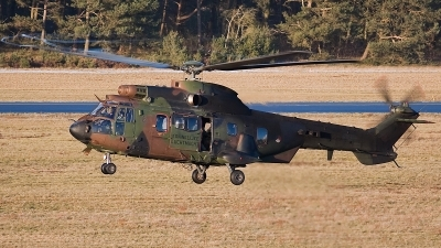 Photo ID 64193 by Johan Havelaar. Netherlands Air Force Eurocopter AS 532U2 Cougar MkII, S 433