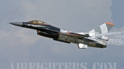 Photo ID 8077 by Gordon Zammit. Netherlands Air Force General Dynamics F 16AM Fighting Falcon, J 055