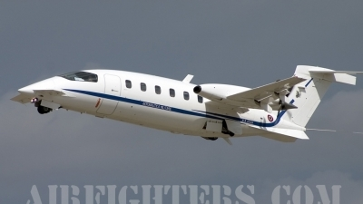 Photo ID 8078 by Gordon Zammit. Italy Air Force Piaggio P 180 Avanti, MM62199