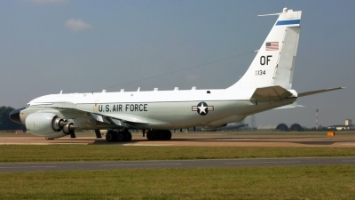 Photo ID 66615 by PAUL CALLAGHAN. USA Air Force Boeing RC 135W 717 158, 62 4134