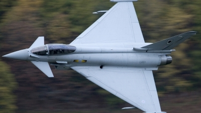 Photo ID 67207 by Glenn Beasley. UK Air Force Eurofighter EF 2000 Typhoon FGR4, ZJ923
