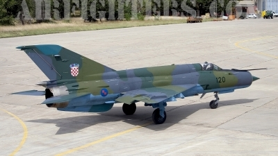 Photo ID 8472 by Chris Lofting. Croatia Air Force Mikoyan Gurevich MiG 21bisD, 120