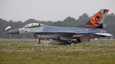 Photo ID 68069 by Tom Sunley. Netherlands Air Force General Dynamics F 16AM Fighting Falcon, J 055