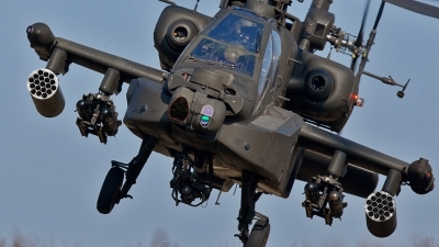 Photo ID 68429 by Tom Sunley. Netherlands Air Force Boeing AH 64D Apache, Q 05