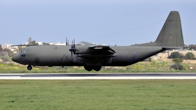 Photo ID 68698 by Mark. UK Air Force Lockheed Hercules C3 C 130K L 382, XV202