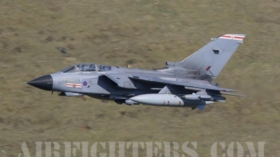 Photo ID 8639 by Paul Cameron. UK Air Force Panavia Tornado GR4, ZD739