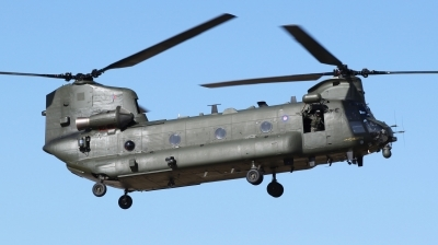 Photo ID 69535 by Mike Griffiths. UK Air Force Boeing Vertol Chinook HC2, ZA681