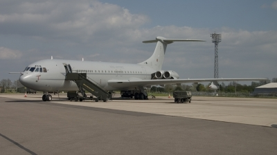 Photo ID 8790 by Tom Gibbons. UK Air Force Vickers VC 10 K4, ZD242