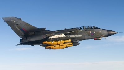 Photo ID 70464 by Chris Lofting. UK Air Force Panavia Tornado GR1, ZA354