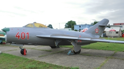 Photo ID 71526 by Martin Thoeni - Powerplanes. Hungary Air Force Mikoyan Gurevich MiG 17PF, 401