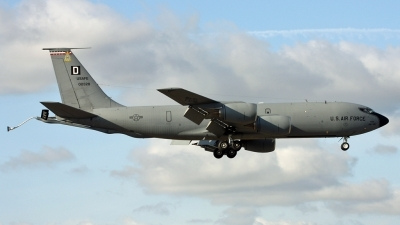 Photo ID 72202 by PAUL CALLAGHAN. USA Air Force Boeing KC 135R Stratotanker 717 100, 60 0328