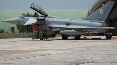 Photo ID 72274 by James Knight. UK Air Force Eurofighter EF 2000 Typhoon FGR4, ZJ928