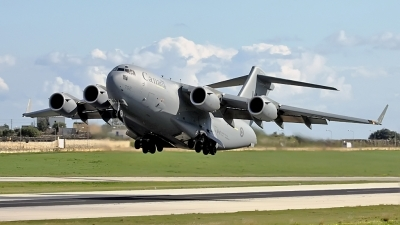 Photo ID 73175 by Mark. Canada Air Force Boeing CC 177 Globemaster III, 177702