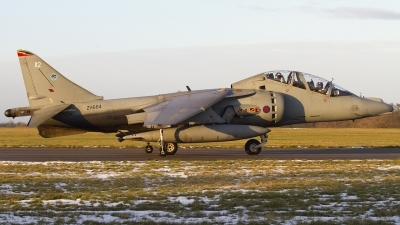 Photo ID 73192 by Chris Lofting. UK Air Force British Aerospace Harrier T12, ZH664
