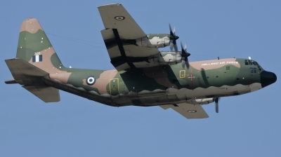 Photo ID 73517 by Andreas Zeitler - Flying-Wings. Greece Air Force Lockheed C 130B Hercules L 282, 300
