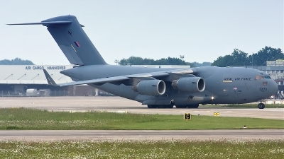 Photo ID 74566 by Rainer Mueller. UK Air Force Boeing C 17A Globemaster III, ZZ172