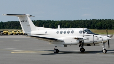 Photo ID 75071 by Günther Feniuk. USA Army Beech C 12F Huron Super King Air B200C, 84 0158