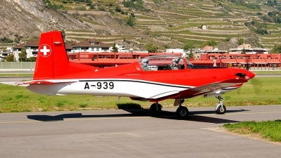 Photo ID 75249 by Martin Thoeni - Powerplanes. Switzerland Air Force Pilatus NCPC 7 Turbo Trainer, A 939