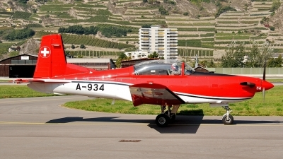 Photo ID 75248 by Martin Thoeni - Powerplanes. Switzerland Air Force Pilatus NCPC 7 Turbo Trainer, A 934