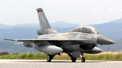 Photo ID 76073 by Peter Boschert. Greece Air Force General Dynamics F 16D Fighting Falcon, 082
