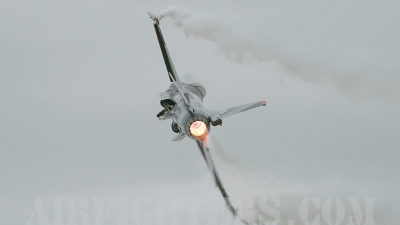 Photo ID 9570 by Craig Wise. Netherlands Air Force General Dynamics F 16AM Fighting Falcon, J 055