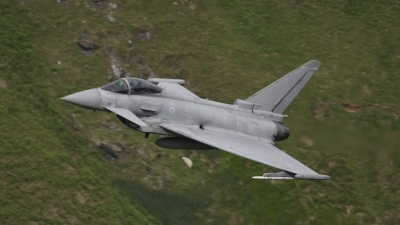 Photo ID 76458 by Mark Johnson. Company Owned BAE Systems Eurofighter EF 2000 Typhoon FGR4, ZJ700