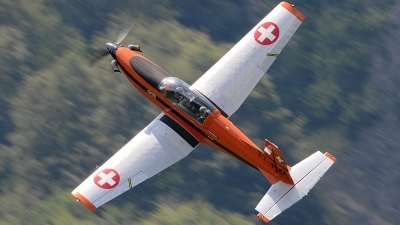 Photo ID 77994 by Martin Thoeni - Powerplanes. Switzerland Air Force Pilatus PC 7 Turbo Trainer, T7 FMA