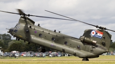 Photo ID 78670 by patrick harbers. UK Air Force Boeing Vertol Chinook HC2A, ZH895