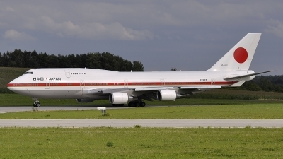 Photo ID 79611 by Stephan Franke - Fighter-Wings. Japan Air Force Boeing 747 47C, 20 1102